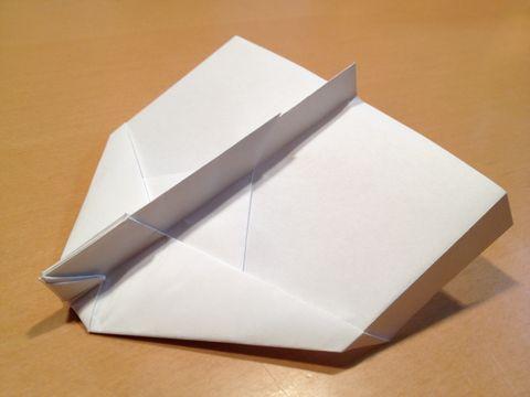 飛行機 折り紙 飛ぶ飛行機 折り紙 : siso-lab.net