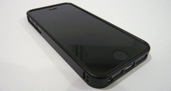 iPhone 5s サンワ・アルミバンパーケース200-PDA101