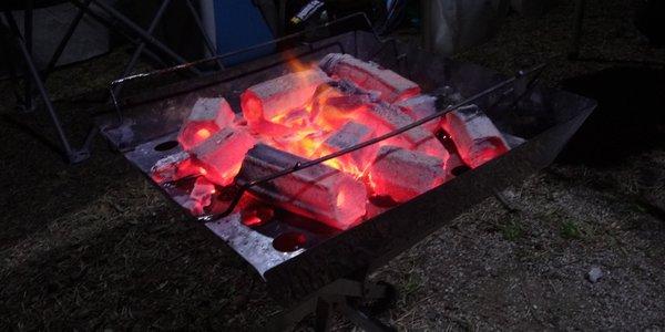 キャンパーズコレクション・ステンレススクウェアBBQスタンド KL-001 焚火台