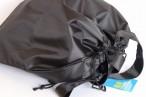 百均浪漫◆正方形に近い形がキュート?ポリエステル製防水巾着バッグ 38×34cm @100均キャンドゥ