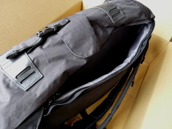 SiSO-LAB☆パソコン、タブレット同時収納に便利なバッグ、BURTON Annex Pack 28L