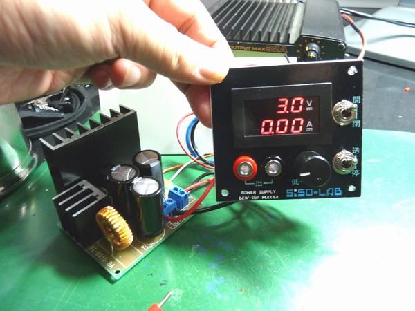 SiSO-LAB☆ミニ四駆実験用電源の製作・デジタルメータDE-2645-02の動作テスト