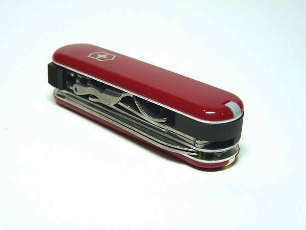 victorinox-nailclip580-red-07