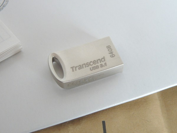 SiSO-LAB☆Amazon限定64GB USBメモリ Transcend TS64GJ USB3.1 & USB 3.0