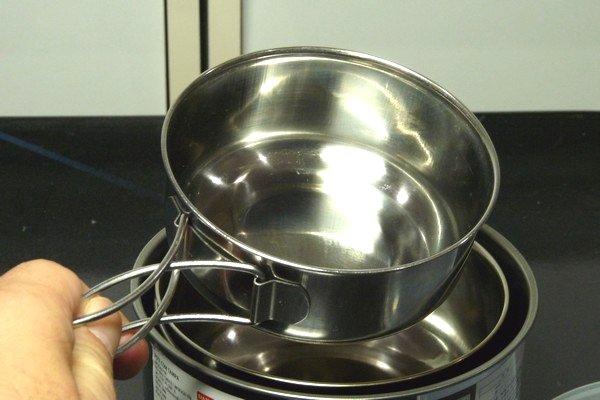 SiSO-LAB☆ダイソーのステンレス製ストッカー14cmにステンレス製アウトドア食器を重ね収納