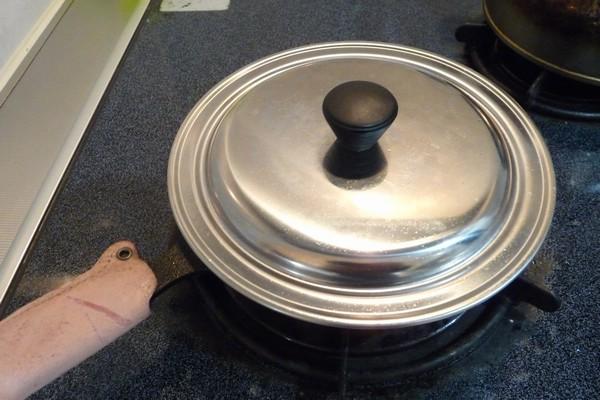 SiSO-LAB☆ニトスキ!とん平焼き風オムレツ。フタをして蒸し焼き。