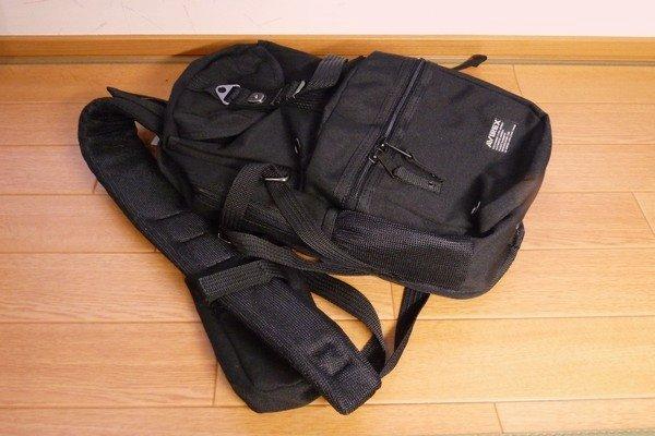 SiSO-LAB☆AVIREX イーグル ボディバッグAVX305・外側にポケットいっぱい。