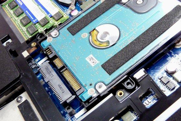 SiSO-LAB☆LuvBook LB-K812S-SHのHDD交換・分解