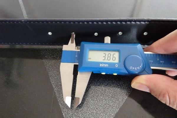 SiSO-LAB☆100均ポンチで皮ベルトに穴あけ、皮ベルトの穴の大きさ。