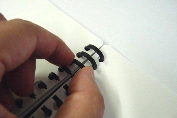 SiSO-LAB☆カール ルーズリング。14mm。使い方。指でも閉じることができるよ。