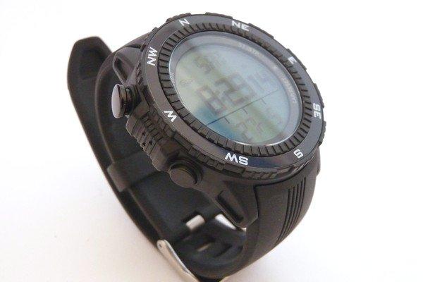 SiSO-LAB☆デジタルコンパス、高度計付き腕時計、ラドウェザーLAD004 NKNO。スイッチ。