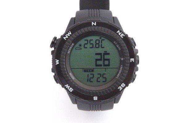 SiSO-LAB☆デジタルコンパス、高度計付き腕時計、ラドウェザーLAD004 NKNO。表示。