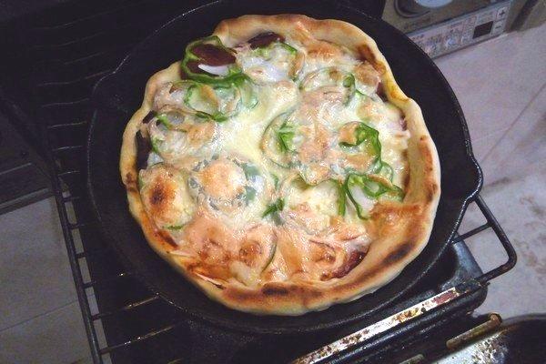 SiSO-LAB☆ニトスキ!魚焼き今度路でピザ。魚焼きコンロで焼き上がり。