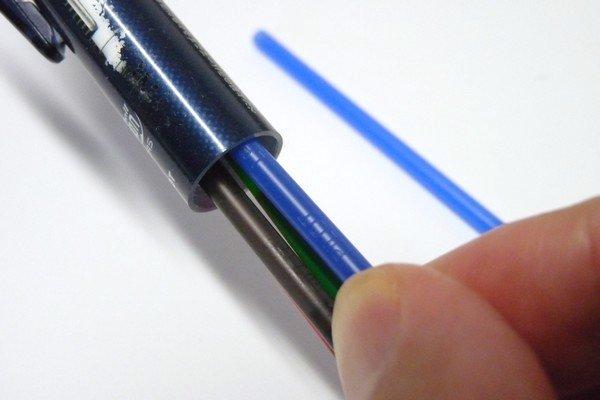 SiSO-LAB☆フリクションボール4。替え芯の取り換え方法。