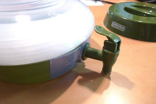 SiSO-LAB☆コンパクトに畳めるウォータージャグ ジャバル7.5L、蛇口修理。