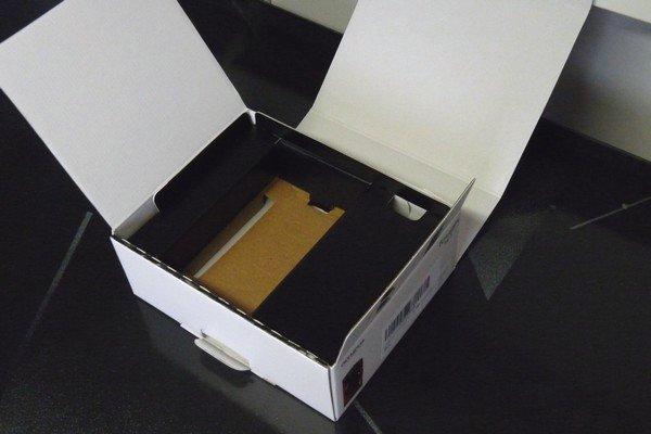 SiSO-LAB☆OLYMPUS TG-5。箱は一枚もので構成。