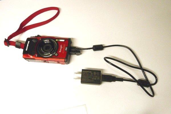 SiSO-LAB☆OLYMPUS TG-5。初充電。