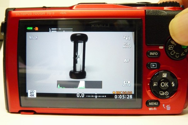 SiSO-LAB☆OLYMPUS TG-5。4K動画撮影。最大撮影時間は約5分半。