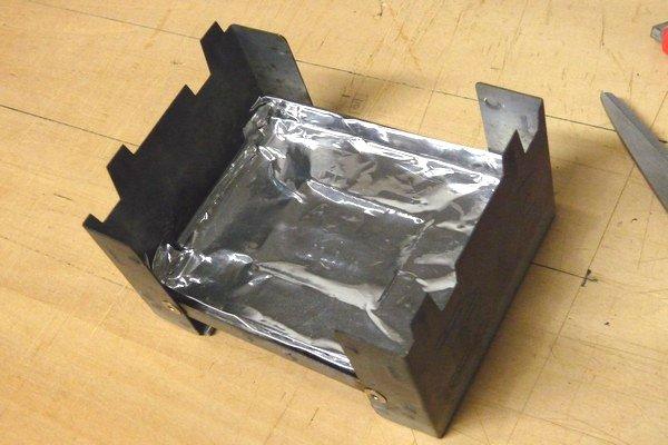 SiSO-LAB☆ESBITポケットストーブ。厚手アルミホイルで内側カバー作成。