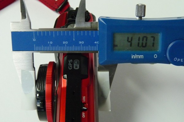 SiSO-LAB☆OLYMPUS TG-5。エツミ インナーワンタッチキャップと一緒に厚み測定。
