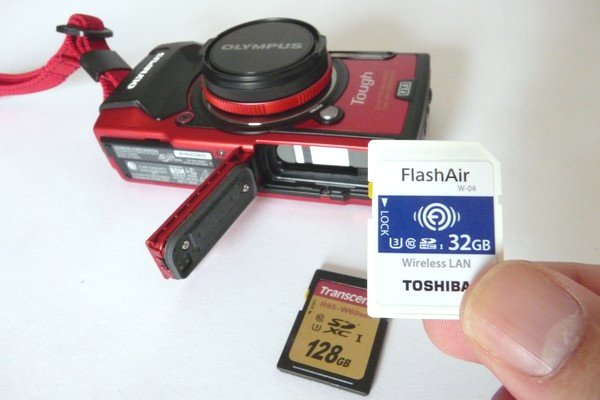 SiSO-LAB☆OLYMPUS TG-5。東芝FlashAir SD-UWA032G W-04。