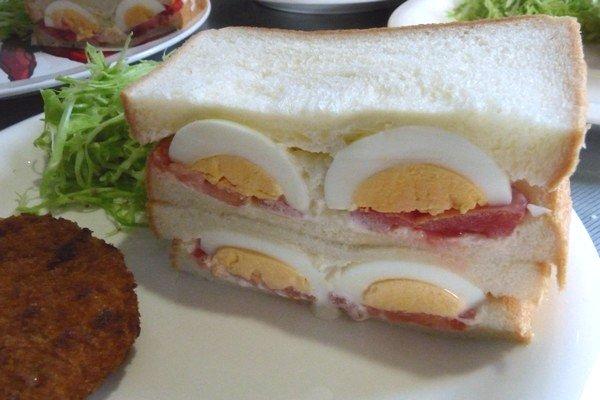 SiSO-LAB☆ダイソーたまごプッチン穴あけ器で上手にゆで卵実験。ニコニコ卵サンド。