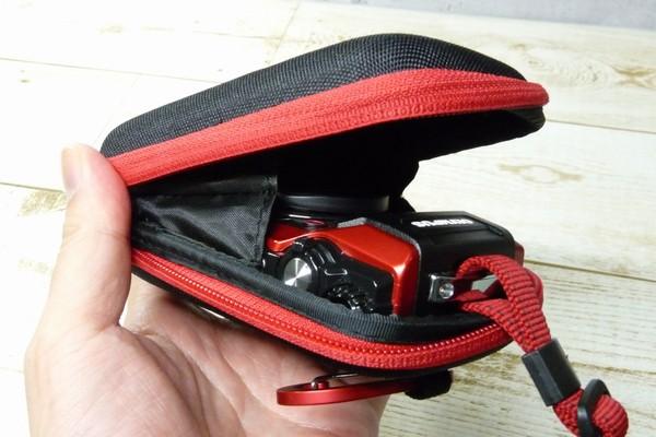 SiSO-LAB☆OLYMPUS TG-5用スライド式レンズキャップ UNX-9537。CSCH-107に収納。