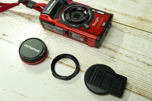 SiSO-LAB☆OLYMPUS TG-5用スライド式レンズキャップ UNX-9537。レンズリング、取り換え簡単。