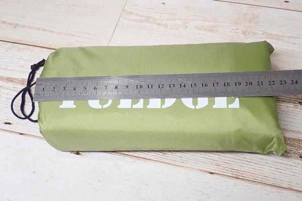 SiSO-LAB☆YUEDGEレジャーシート。収納時サイズ測定。
