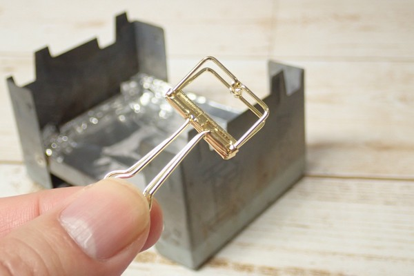 SiSO-LAB☆ESBITポケットストーブに使い捨てアルミ鍋を乗せれるよう改良。