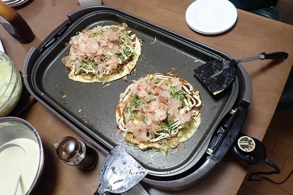 SiSO-LAB☆インフルエンザ・風邪感染予防。お好み焼き2枚同時に調理可能なホットプレート。