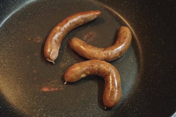 SiSO-LAB☆ふるさと納税。兵庫県朝来市 鹿肉バラエティセット。鹿肉ソーセージを焼いてみる。