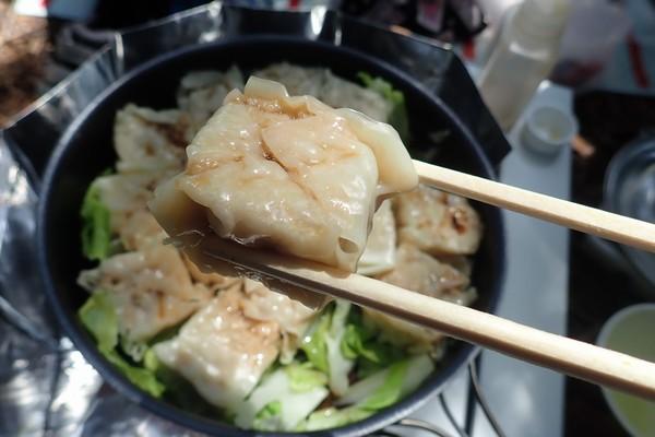 SiSO-LAB☆山飯。フライパン+キャベツで焼売。できあがり。アツアツでおいしい。