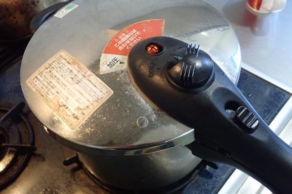 SiSO-LAB☆ふるさと納税ジビエ唐津猪肉スライスの詰め合わせ。猪バラ肉。カレーを作る。