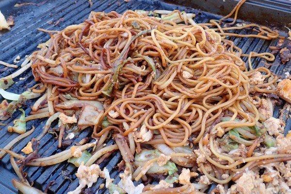 SiSO-LAB☆ふるさと納税 北海道白糠町 鹿肉ブロック。モモ肉をジンギスカン風に。締めは焼きそば。