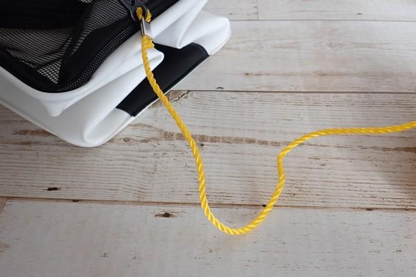 SiSO-LAB☆釣り用に白い折りたたみバケツ購入。パラコードで補強。