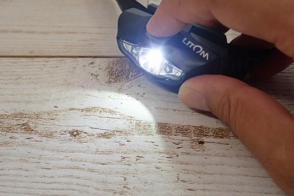 SiSO-LAB☆Litomヘッドライト、単三電池1本。明るさ、三段階切り替え。