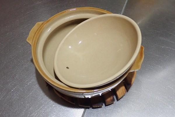 SiSO-LAB☆百均、ローソンストア100の土鍋。目止め完了。