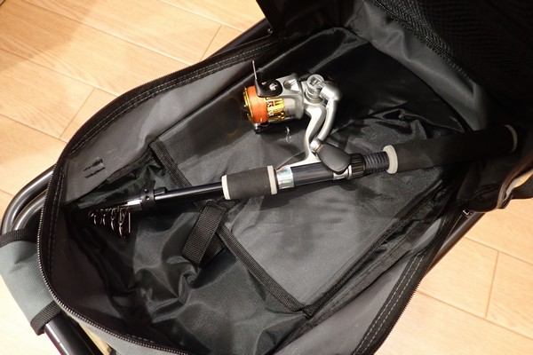 SiSO-LAB☆キャンパーズコレクション リュックチェア CLSB-01。仕舞寸法が短ければ釣竿をも入るよ。
