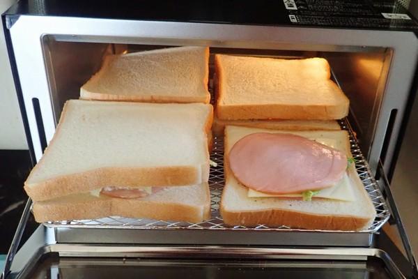SiSO-LAB☆TWINBIRD オーブントースター TS-D047B。食パン4枚同時トースト、冷凍20cmピザ温め可能。