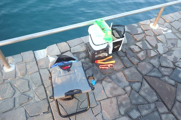 SiSO-LAB☆初春のサビキ釣り、どれくらい釣れるかな?エサつけ名人など一通り装備。