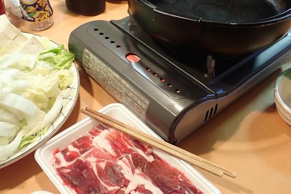 SiSO-LAB☆長崎県川棚町の天然猪肉1kgスライスで牡丹すき焼き。さあ、早速始めよう。