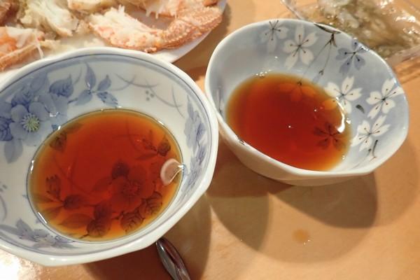 SiSO-LAB☆ふるさと納税 北海道千歳市 毛ガニ2尾1kg。SiSO家的毛ガニ解凍方法。三杯酢、結構な量があるよ。