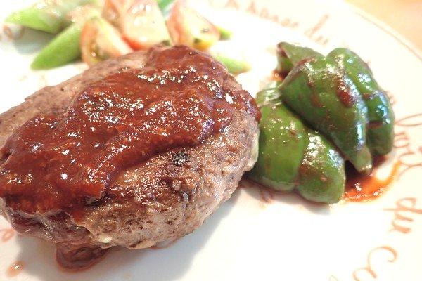 SiSO-LAB☆iふるさと納税ジビエ、シカ肉&イノシシ肉合挽ミンチでハンバーグ。ボリューム感がいいね~。