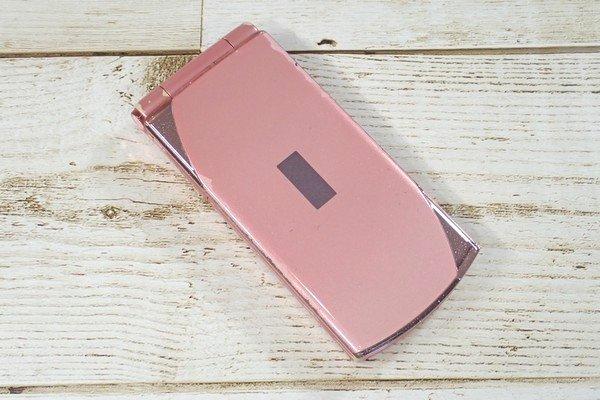SiSO-LAB☆古くなったドコモ2つ折り携帯。