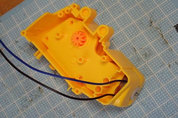 SiSO-LAB☆エレキット MR-9107 フォロ。歩行用ギヤボックスの組み立て。